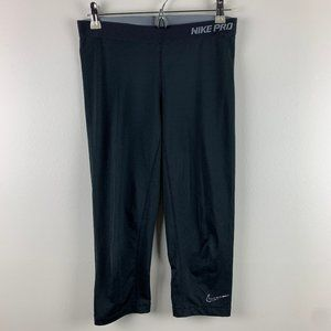 Nike Pro Black Cropped Capri Leggings Size Medium